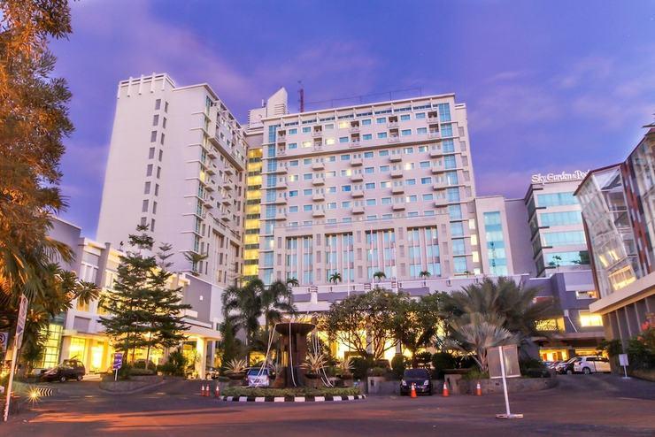 Claro Hotel Makassar
